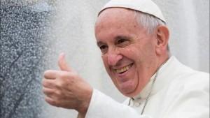 """Il Papa a Repubblica: """"Trump? Non giudico. Mi interessa soltanto se fa soffrire i poveri"""""""